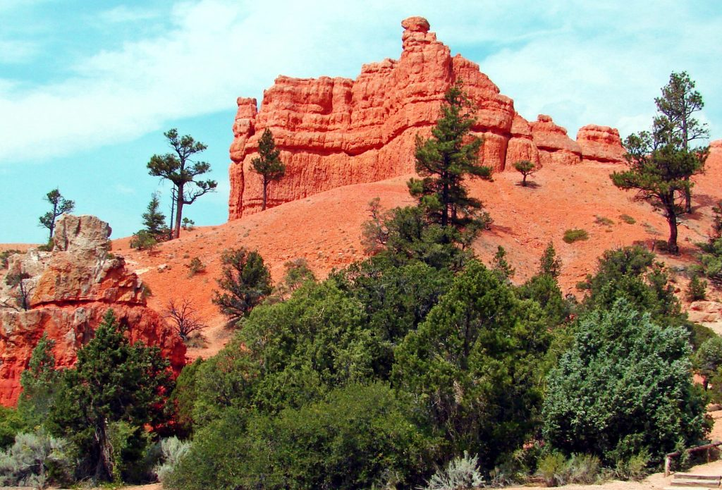 Red Canyon Near Bryce Valley Lodging
